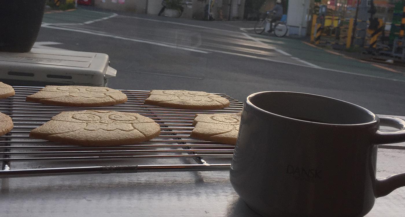 フクロウサブレとコーヒー