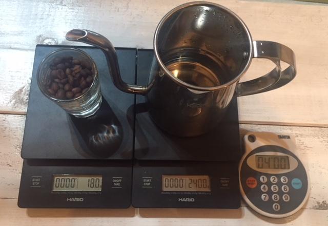 コーヒー豆,お湯,時間を計測