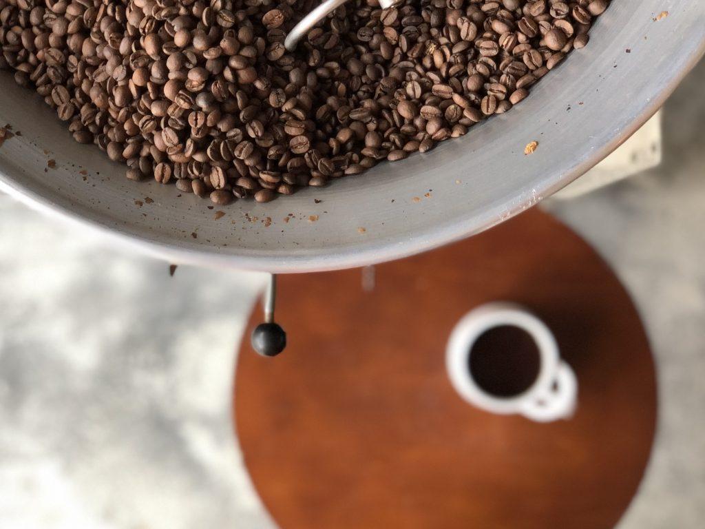 コーヒー, 焙煎, 卸